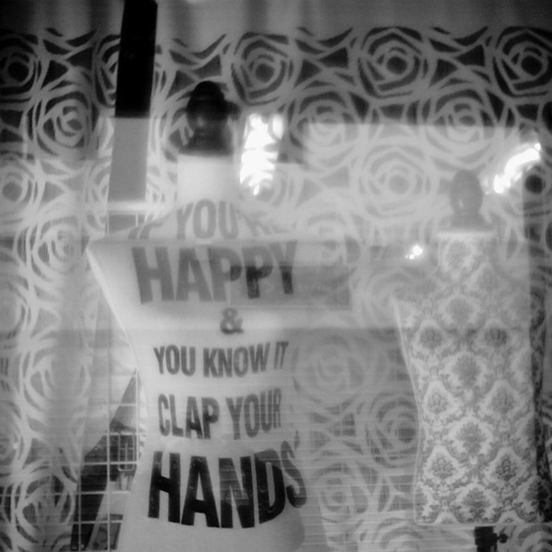 幸せなら手をたたこう。