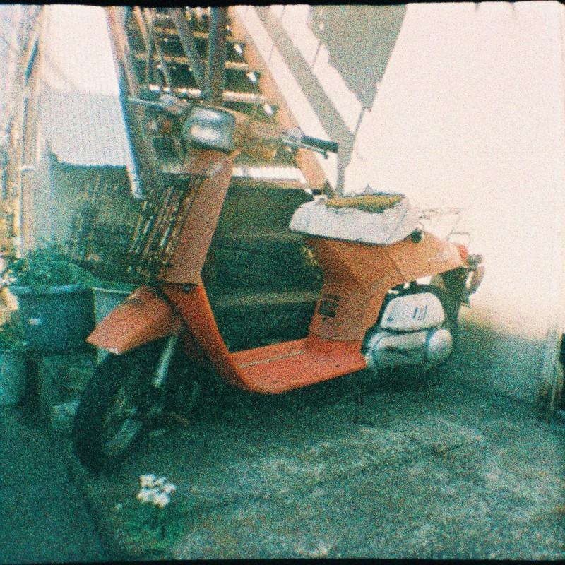古いスクーター