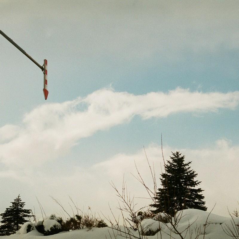 雪国の「↓」