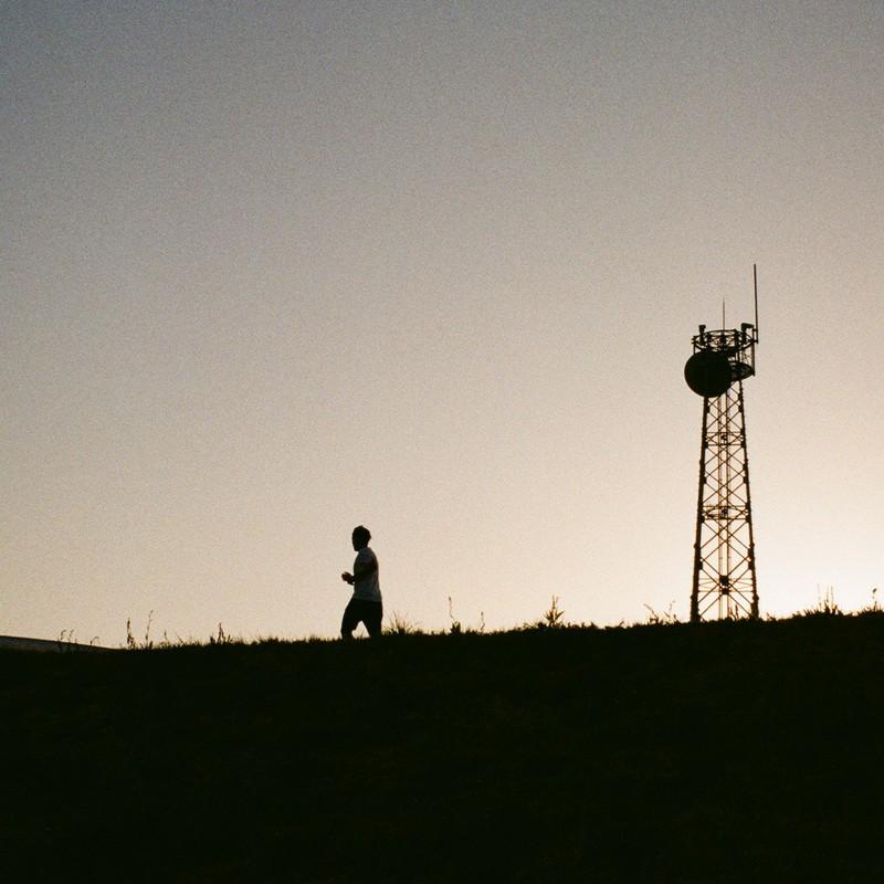Jog with the dusk
