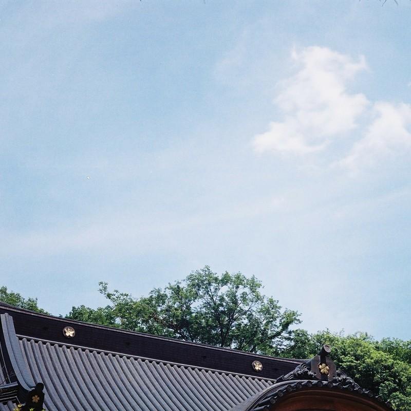 深大寺上空。