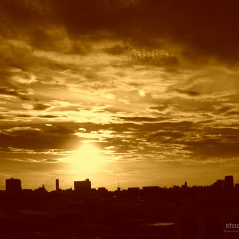 渋谷の日没セピア