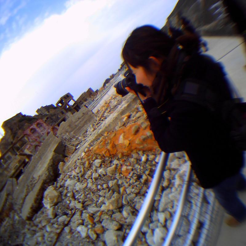 軍艦島 vs カメラ女子