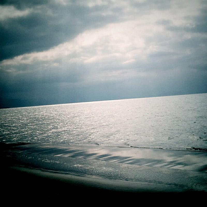 空は海、海は空