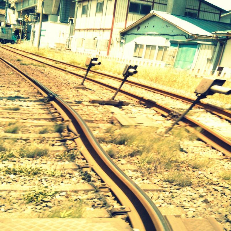 暑くてとける線路