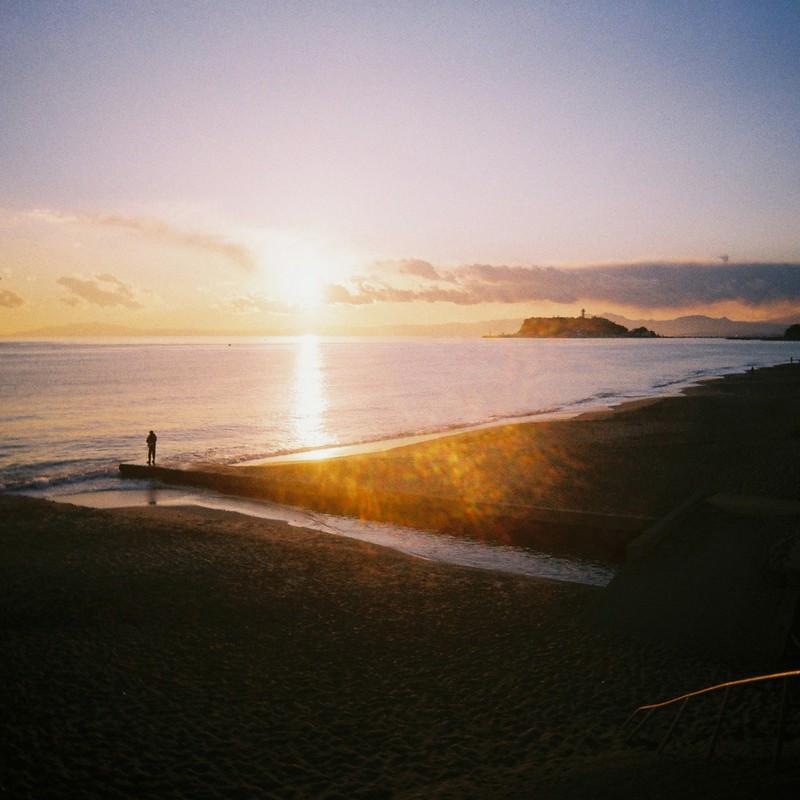 釣り人夕日江ノ島富士山 2
