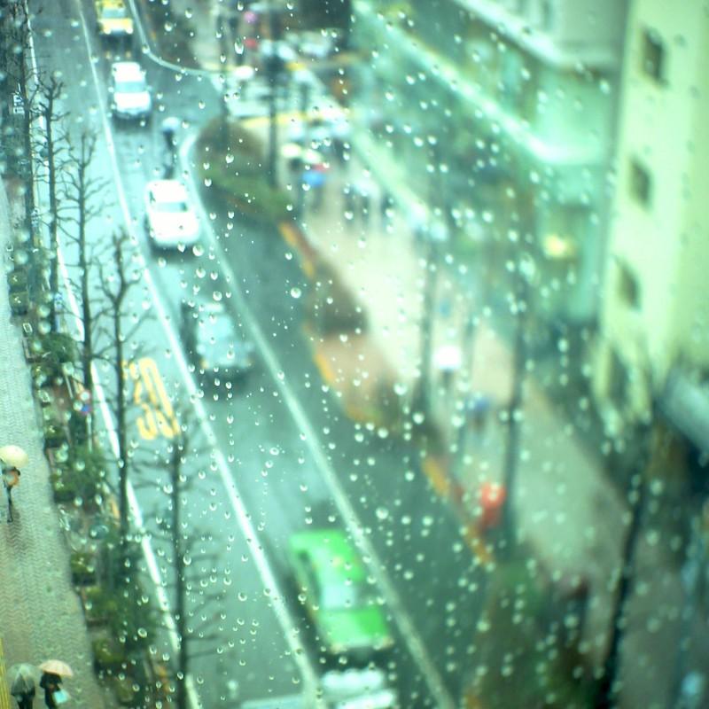 雨の渋谷公園通り