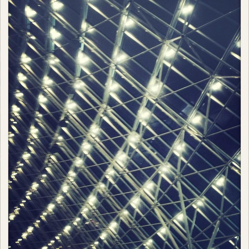 東京ドームの鉄傘夜景