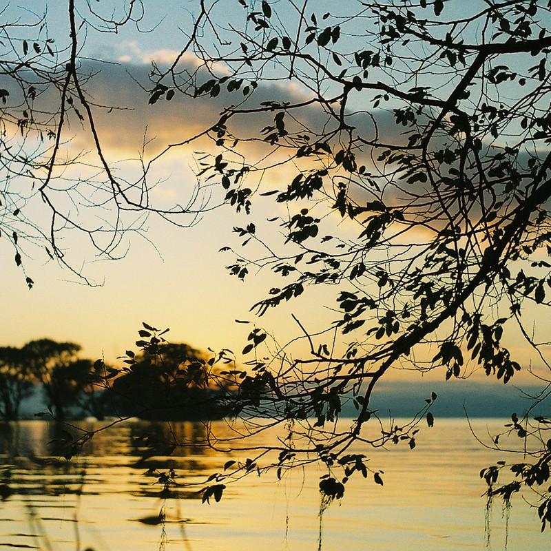 湖の声(出先・旅先)