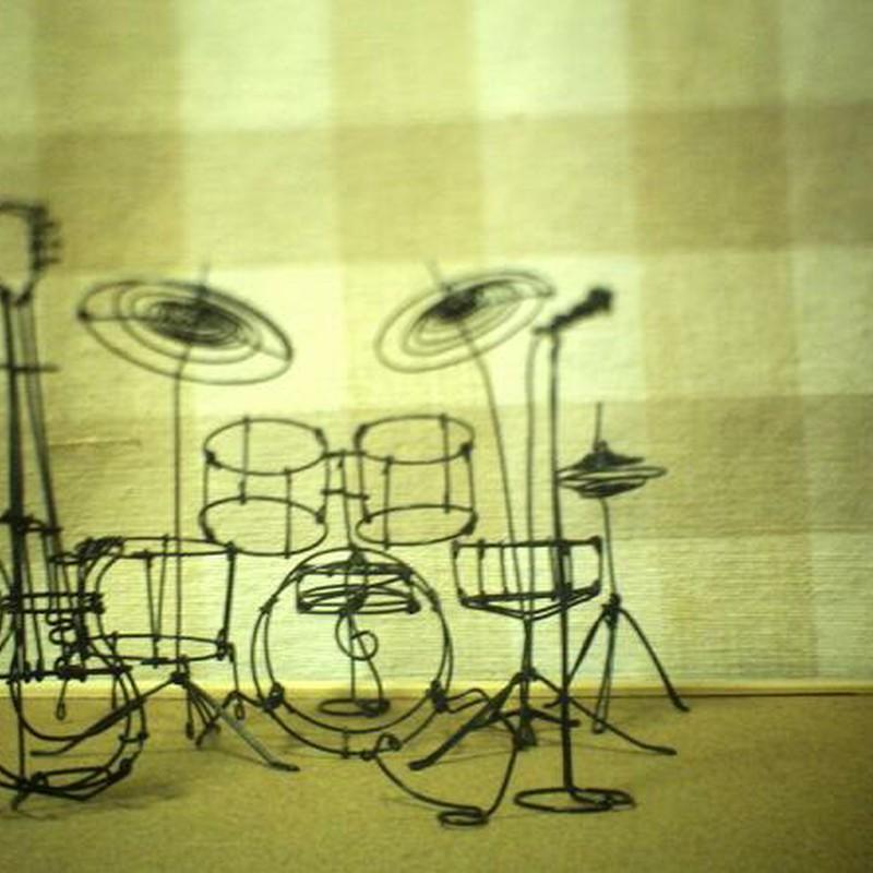 ハリガネ楽器