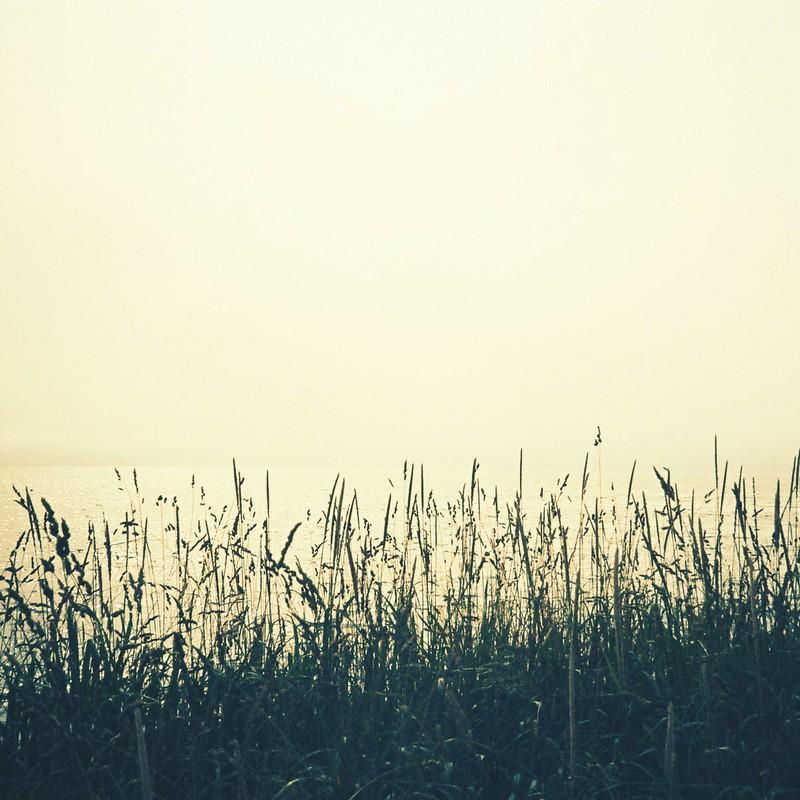 繋がった海と空