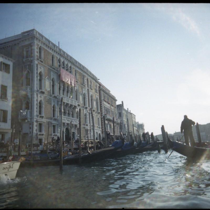 ヴェネチアのゴンドラ2