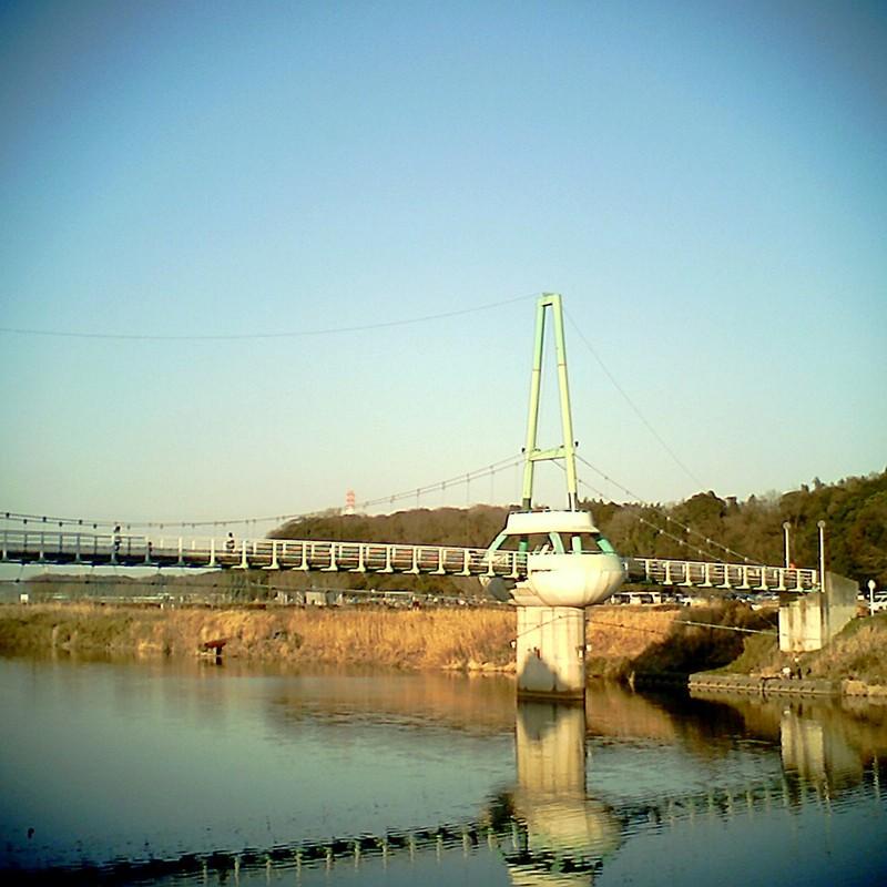 奇妙な吊り橋…