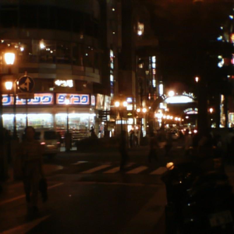 ビスケットカメラで夜撮りの限界に挑んでみた。