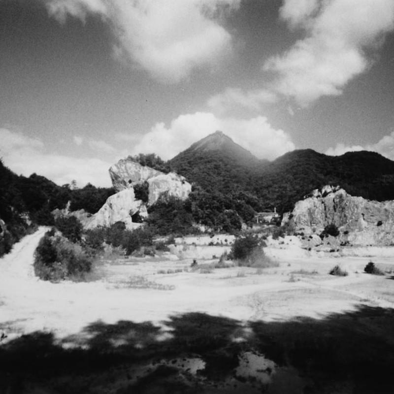 夏の採石場(2)