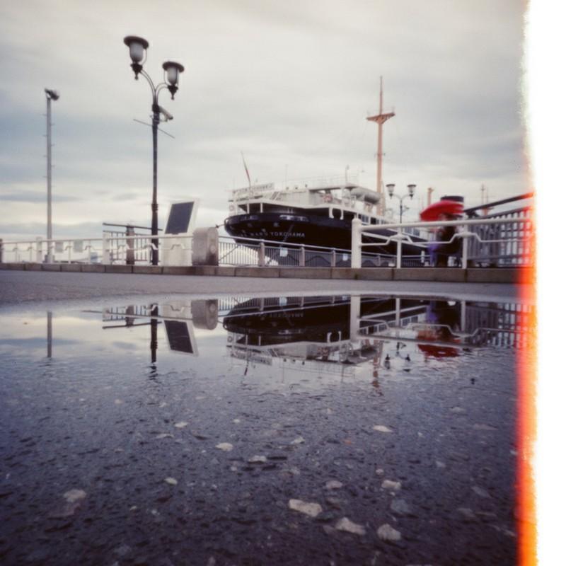 陸に登る船