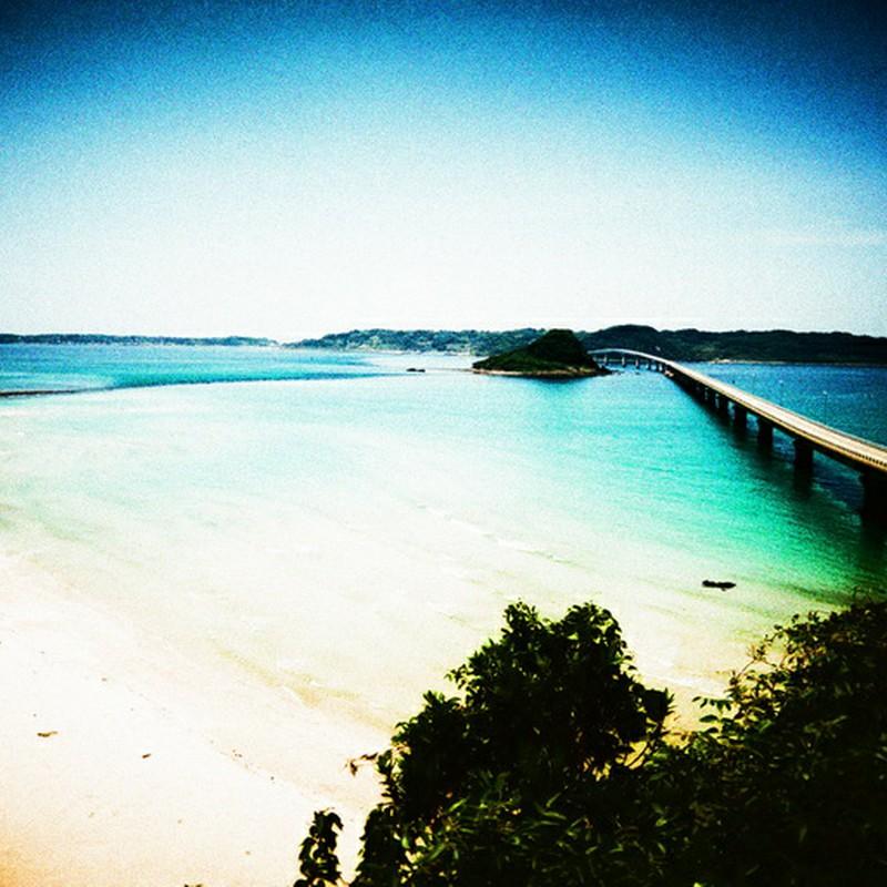 島へ渡る橋