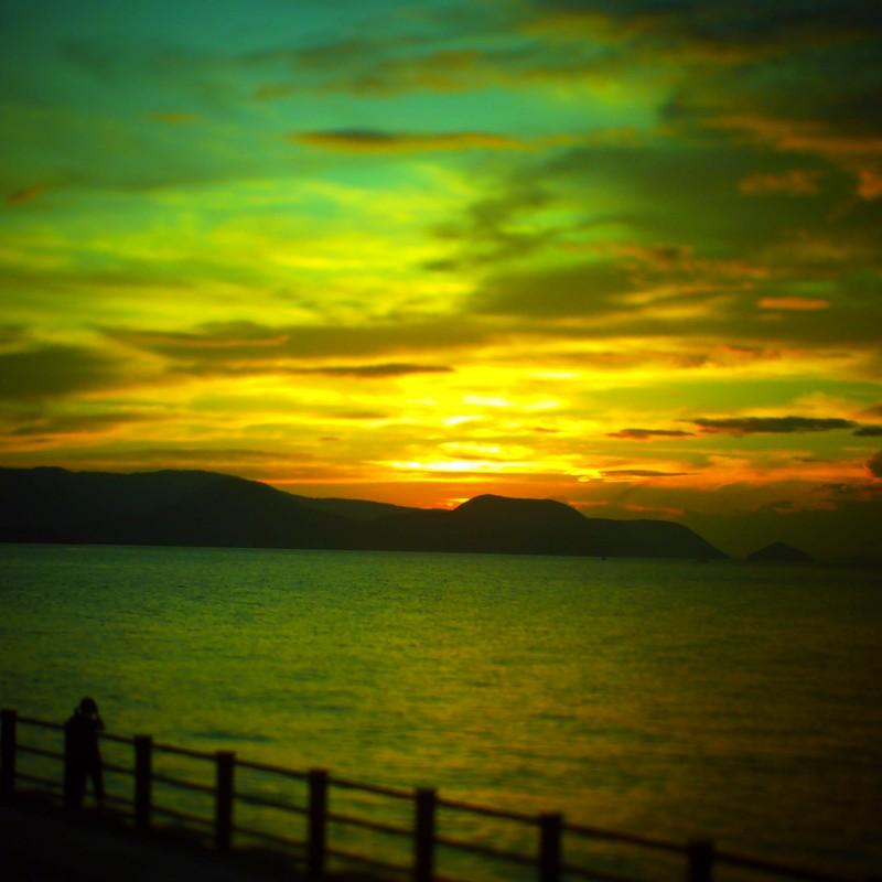 夕陽を撮る人