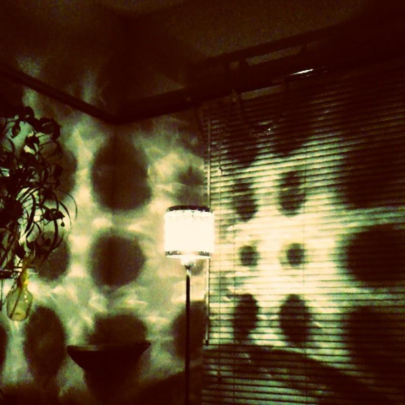 ランプの影