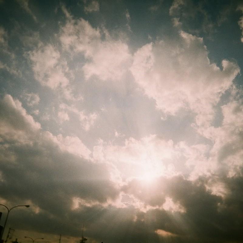 雲と太陽が交わる場所