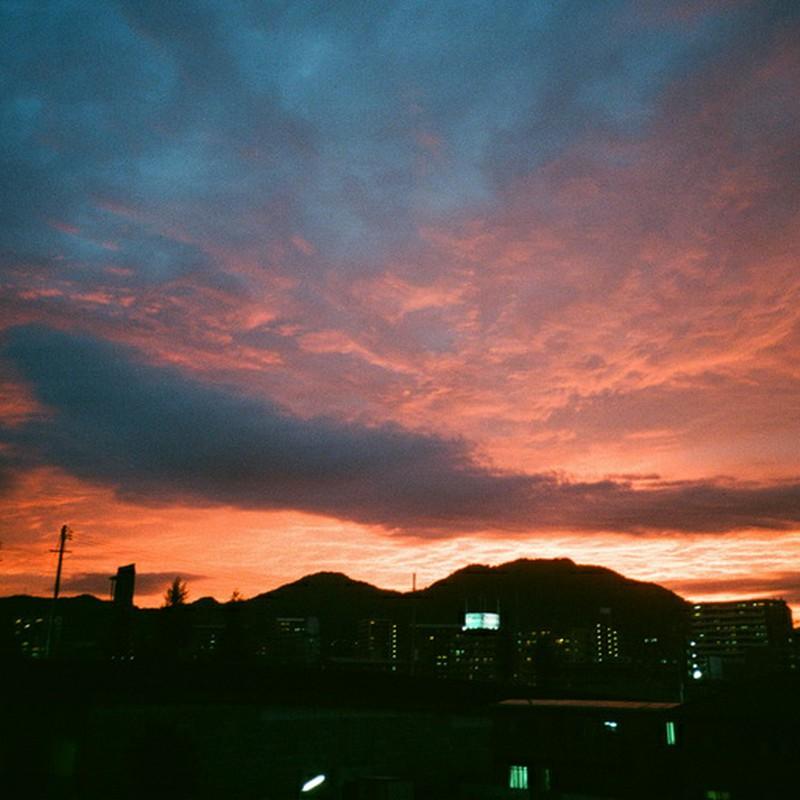 あの日の夕焼けは燃えるように赤かった