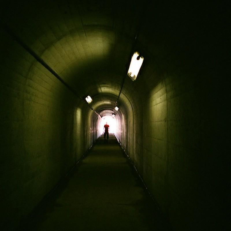 暗闇のその向こう