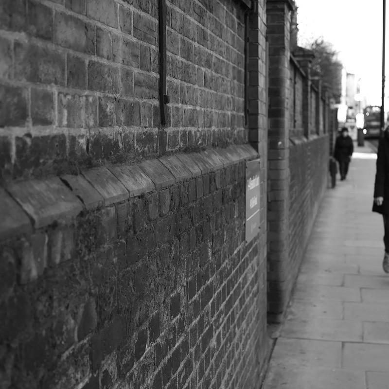 ロンドン郊外には静かな時間が流れる…