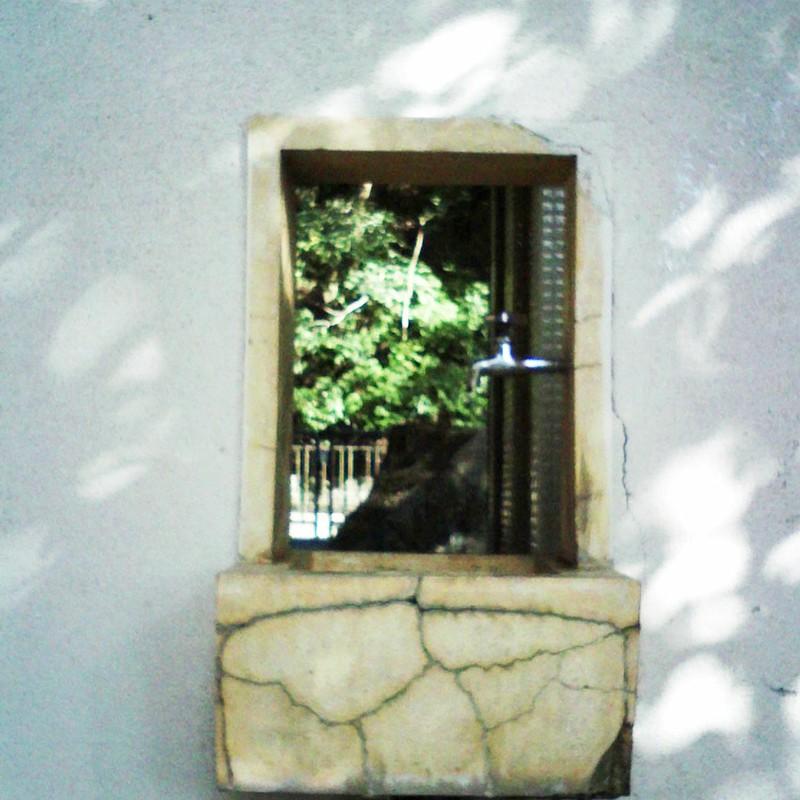 窓辺の蛇口