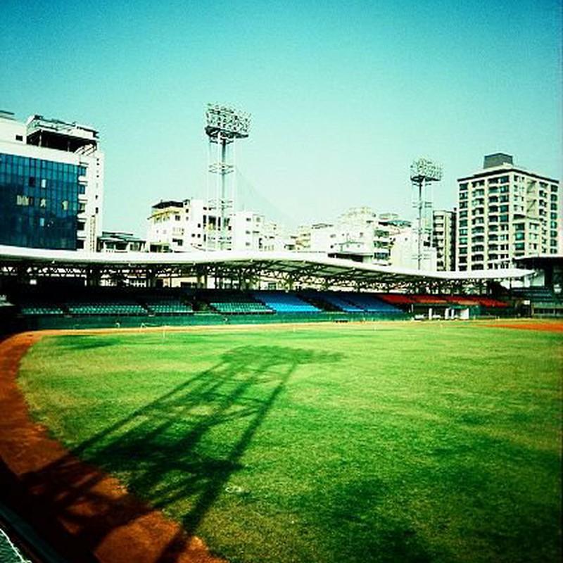 高雄野球場