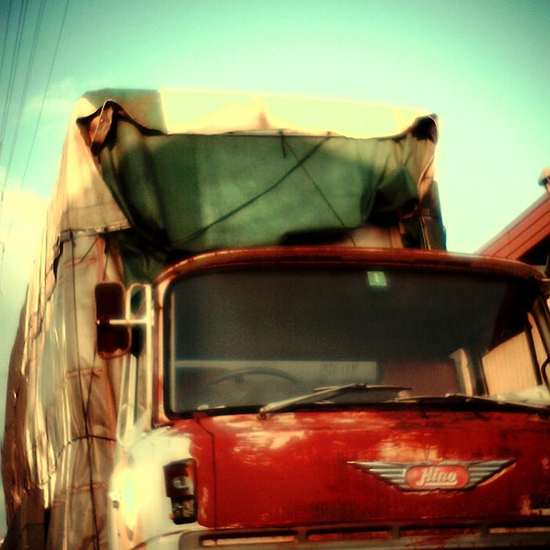 おんぼろトラック