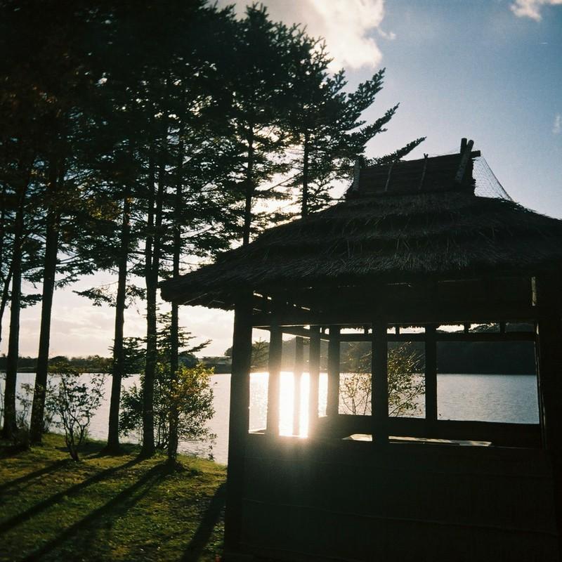湖畔の日暮れ