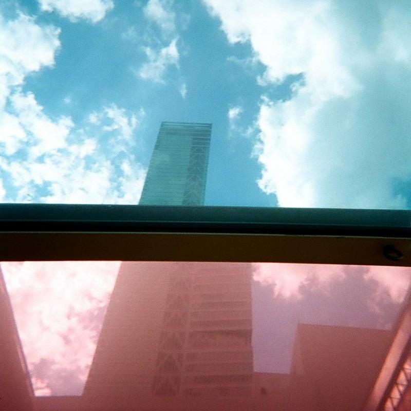 空の型 街の型