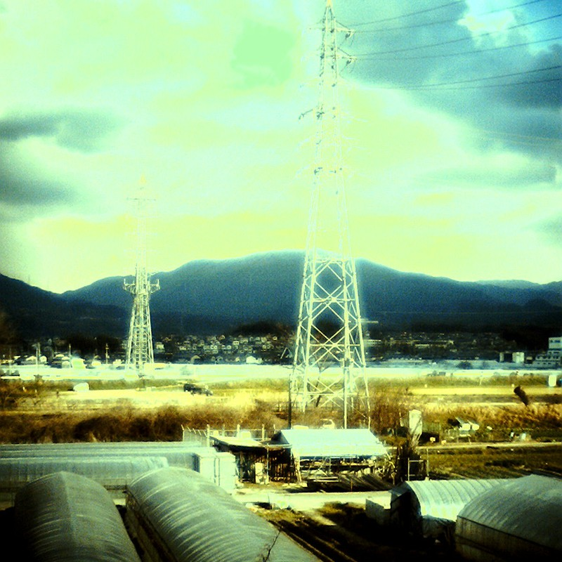 大空と大地と鉄塔と