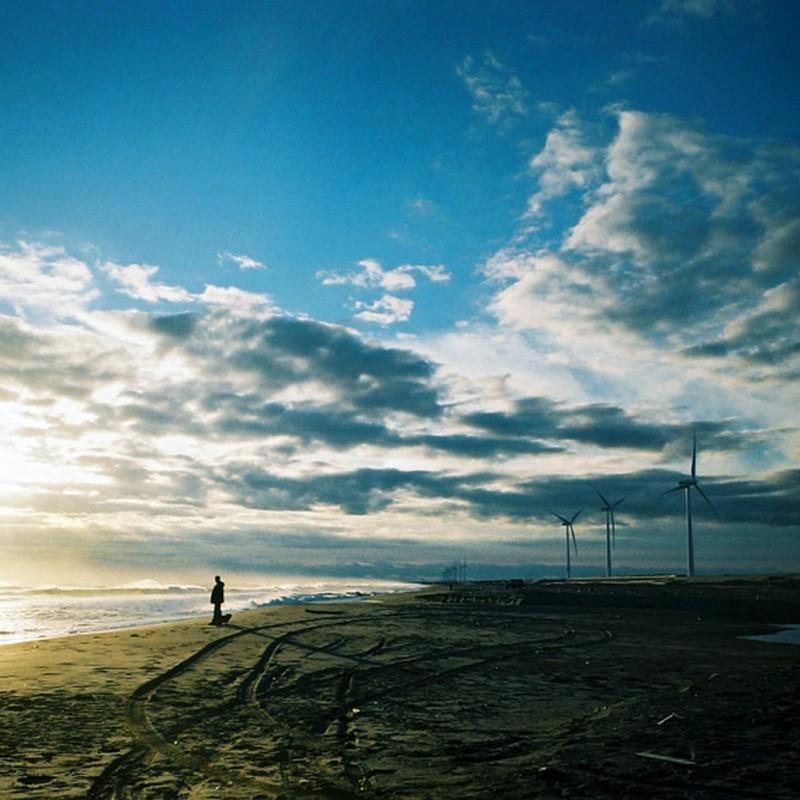 早朝、海へ。