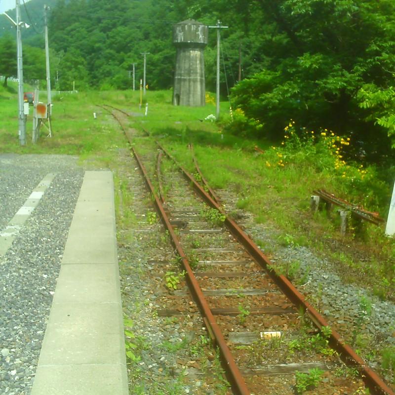 線路だけは続く・・