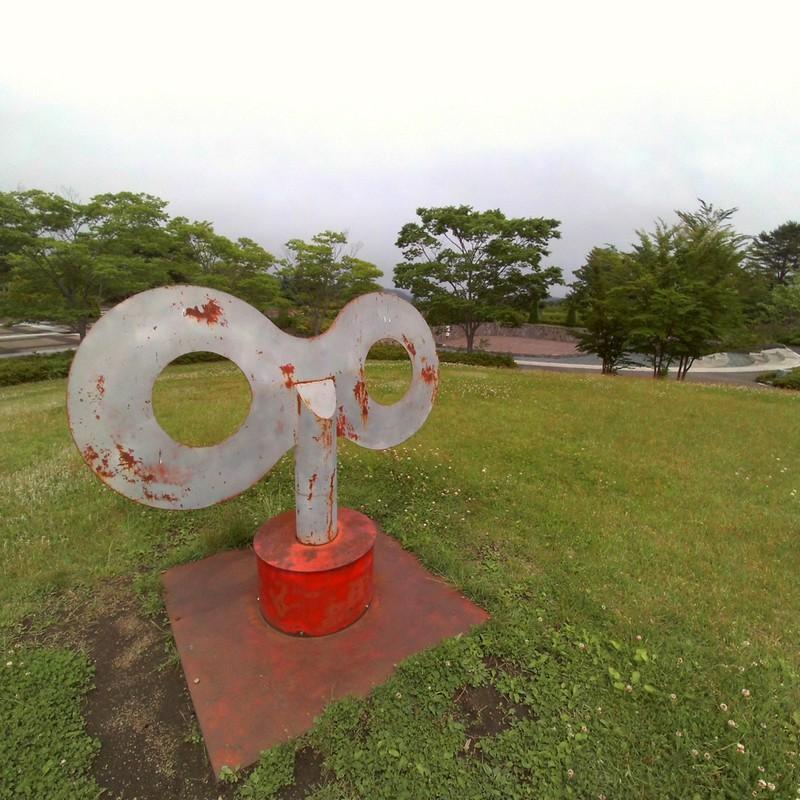 ゼンマイ仕掛けの公園。