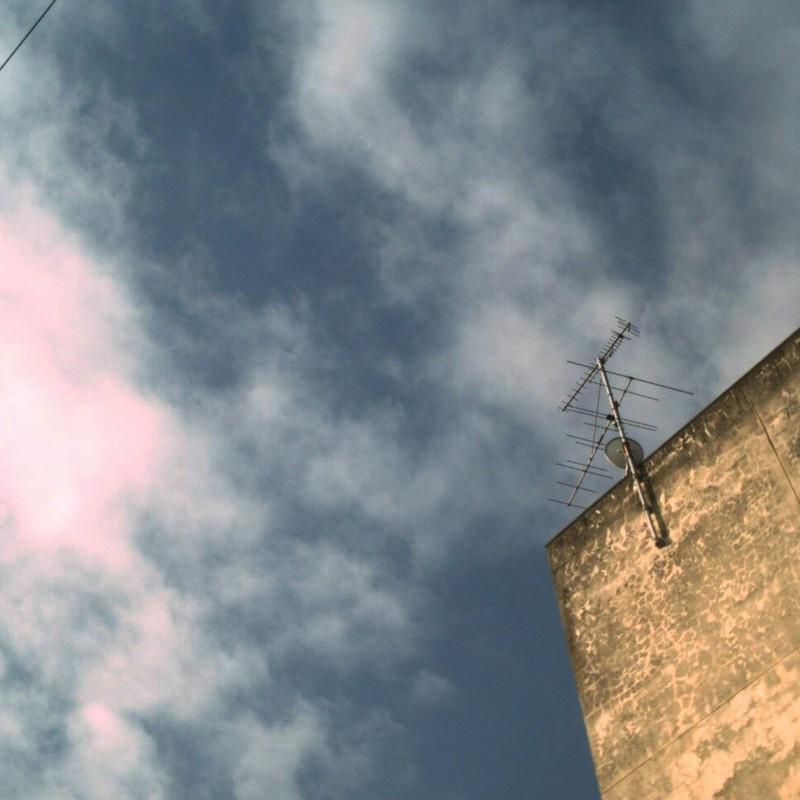 屋上のアンテナ