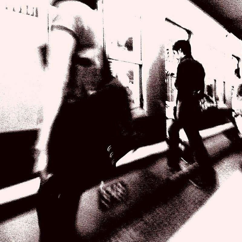 地下鉄に乗って。