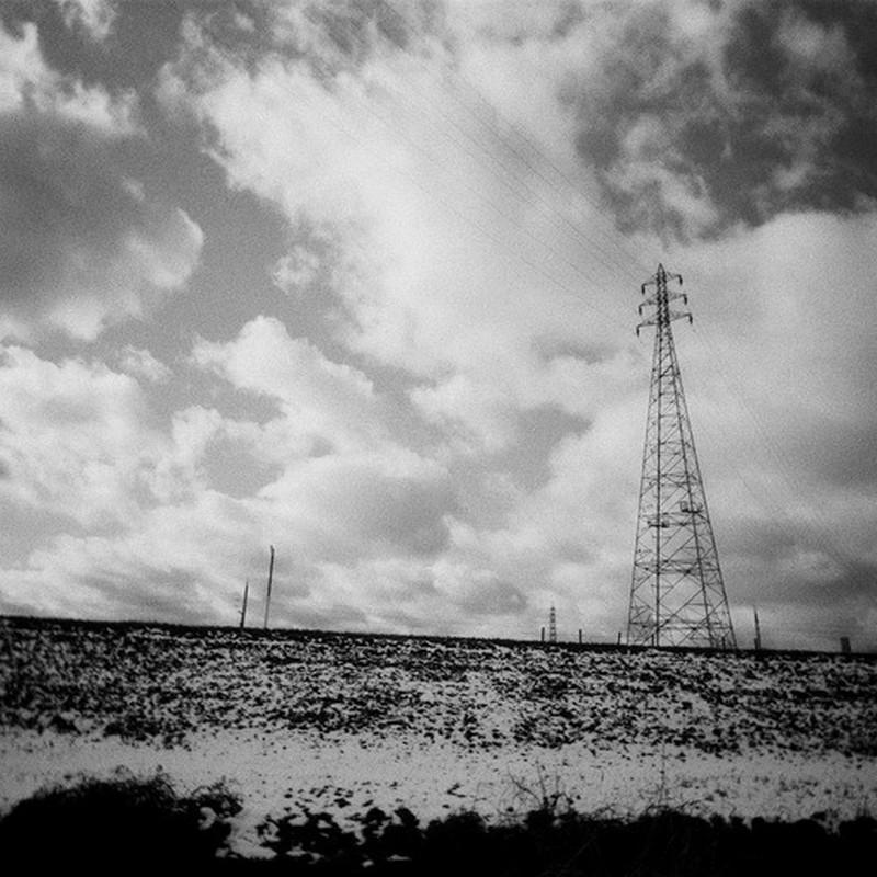 雪と雲と鉄塔と。