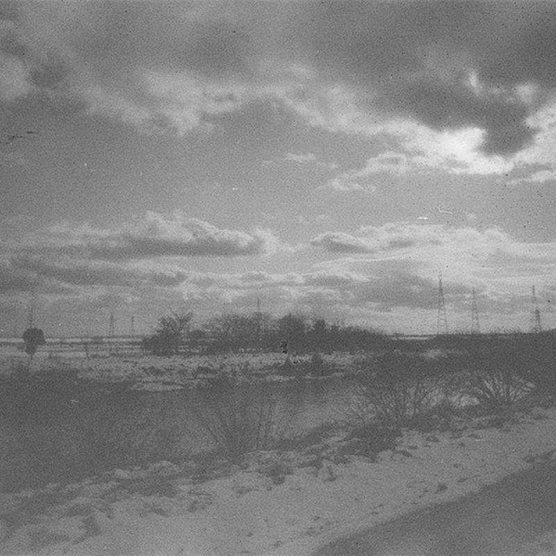 雪と雲と鉄塔と。(裏Ver.)