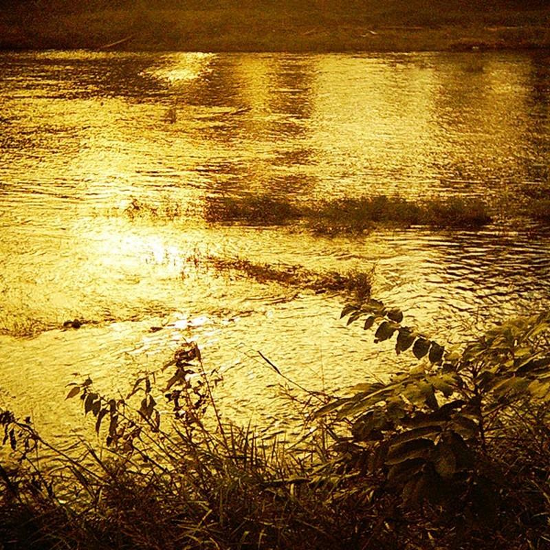 黄金川面。