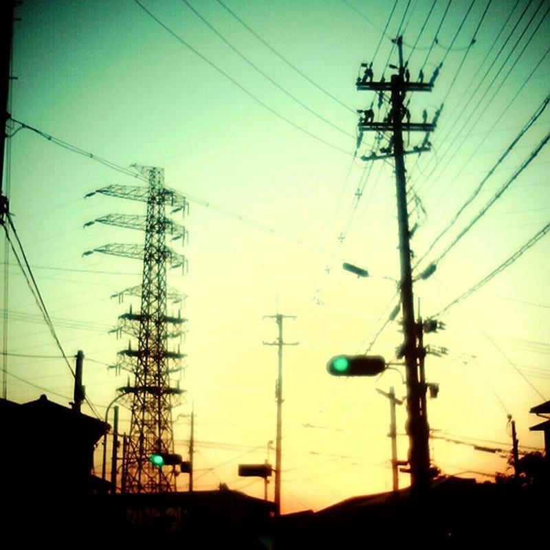 黄昏青信号。