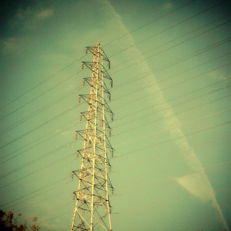 この空の下。