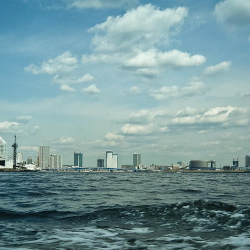 海岸線の風景 (東京都・東京湾)