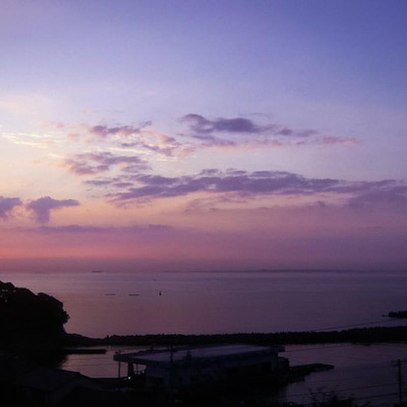 海岸線の風景 (千葉県・東京湾)
