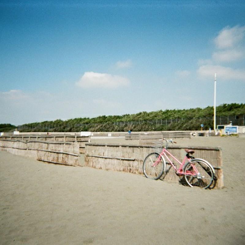 浜辺に自転車♪