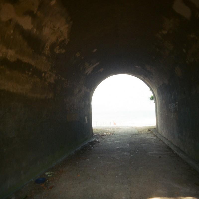 トンネルの向こうは・・・