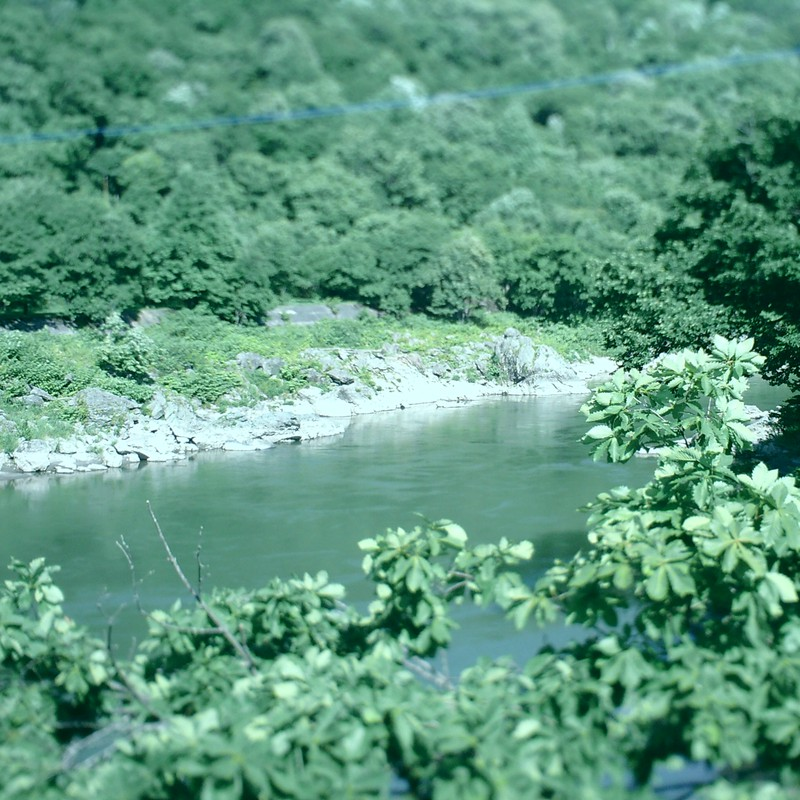 鉄道模型の川・・・ぽい