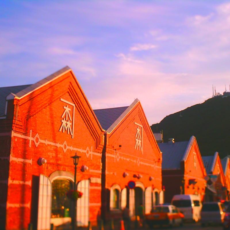夕日のレンガ倉庫