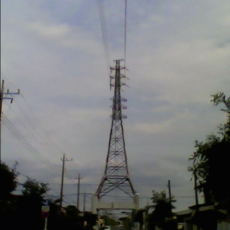 2015/06/20_道を跨ぐ鉄塔